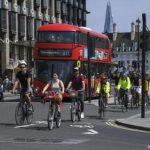 Великобритания поддержит велосипедистов миллиардными инвестициями