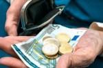 Индексация пенсий в Латвии в этом году будет, но меньше