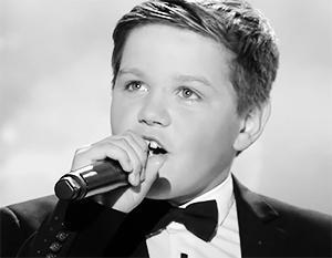Украинская власть мстит 12-летнему мальчику за советскую песню
