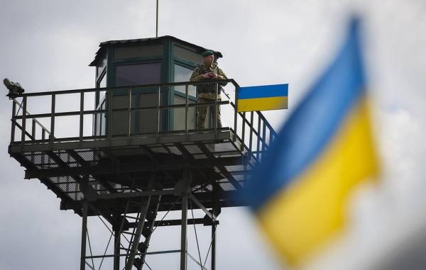 Украина из-за коронавируса с 29 августа запретила на месяц въезд иностранцам