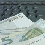 О пособиях и другой помощи для школьников в Латвии