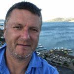 Олимпийский чемпион Евгений Кафельников заявил о планах уехать в Европу из России