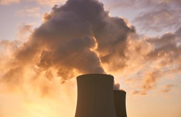 Правительство изучает, как помочь химической промышленности