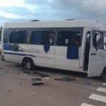 На Украине радикалы расстреляли автобус