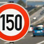 «У нас прекрасные дороги»: власти России хотят увеличить максимальную скорость