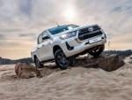 В России стартовали продажи обновленных Toyota Fortuner и Hilux