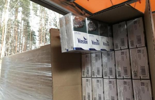 Эстонские таможенники задержали 9,6 млн контрабандных сигарет