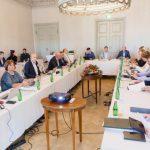 ФОТО: правительство приступило к обсуждению бюджета в Сагади
