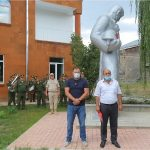 Житель Гюмри отремонтировал монумент Советскому солдату