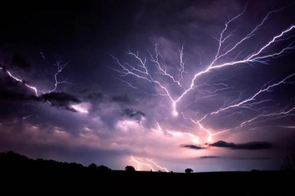 Погода в Латвии в четверг: к дождю добавятся грозы