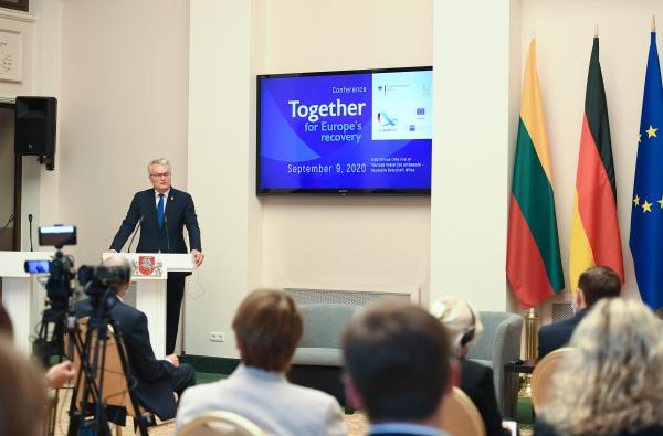 Президент Литвы дал развернутое интервью BNS