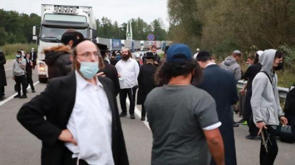 Тысячи хасидов застряли на границе Украины с Беларусью. Традиционное паломничество под угрозой из-за коронавируса