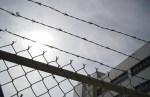 Еще двое сотрудников Вируской тюрьмы заболели коронавирусом