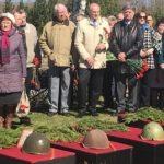В Эстонии захоронили останки советских воинов, обнаруженных в ходе поисковой экспедиции
