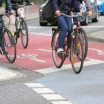 Где ездить велосипедисту, если нет велодорожек? Тротуар или проезжая часть – что в ПДД