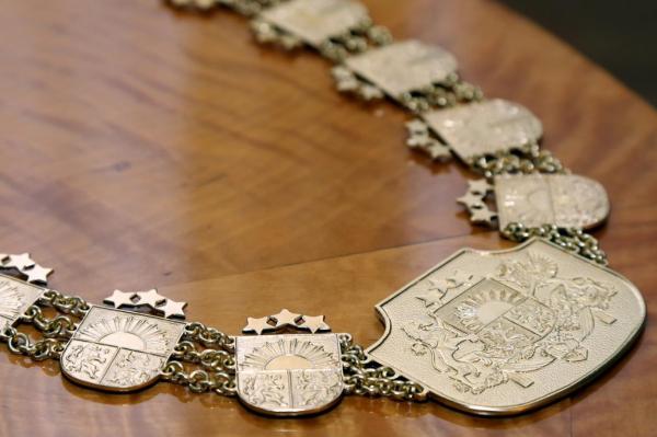 В Конституционный суд Латвии выстроилась очередь