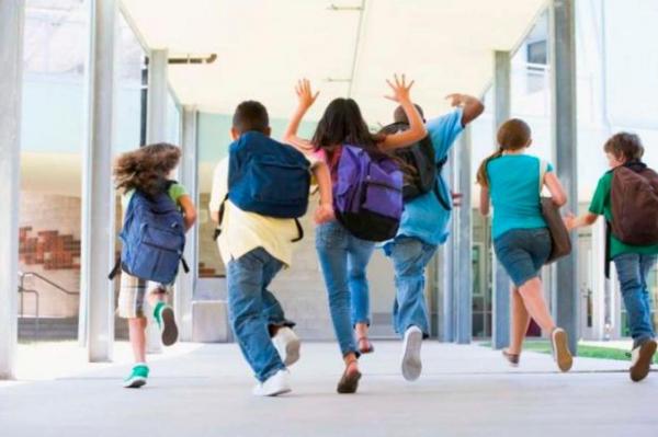 У школьников начинаются осенние каникулы