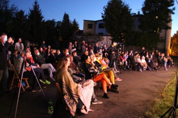 В Кракове отметили тридцатилетие русского театра пантомимы «Николи»
