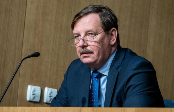 Аас посоветовал эстонским турфирмам отказаться от авиарейсов