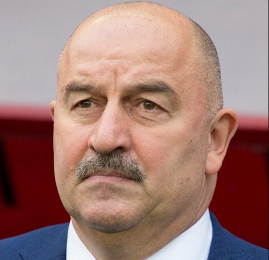 Черчесов прокомментировал подозрительные тесты на коронавирус у футболистов сборной РФ