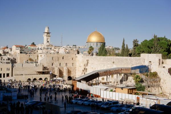Власти Израиля разрешили возобновить регистрацию Александровского подворья на Россию