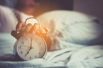 Какую мелодию лучше поставить на будильник? С каким будильником легче просыпаться?
