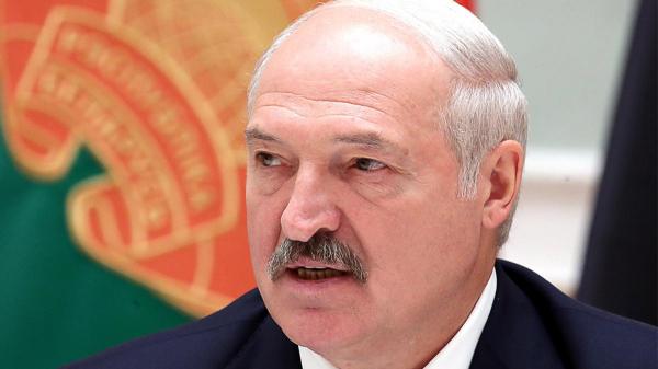 Лукашенко заявил о возможном начале гражданской войны в Белоруссии