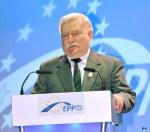 На конфликтах России и Польши наживаются другие страны, заявил Лех Валенса
