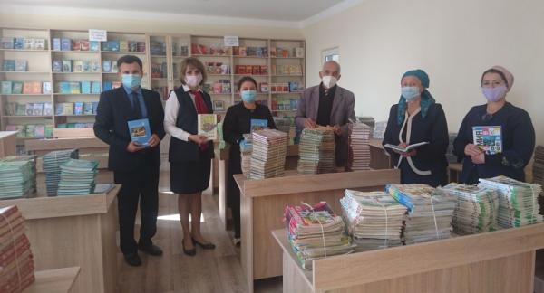 Россия передала учебники и русскую классику в школы Молдавии и Таджикистана