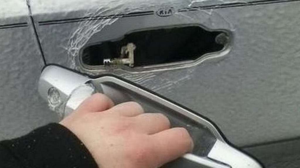 Чем опасен ледяной дождь для автомобиля?