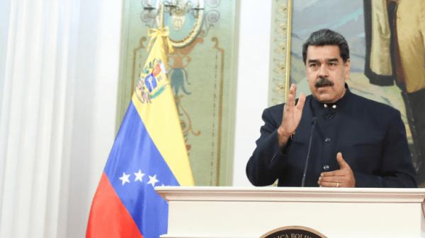 YouTube пригрозил ограничить канал RT Spanish в правах из-за видео с Мадуро