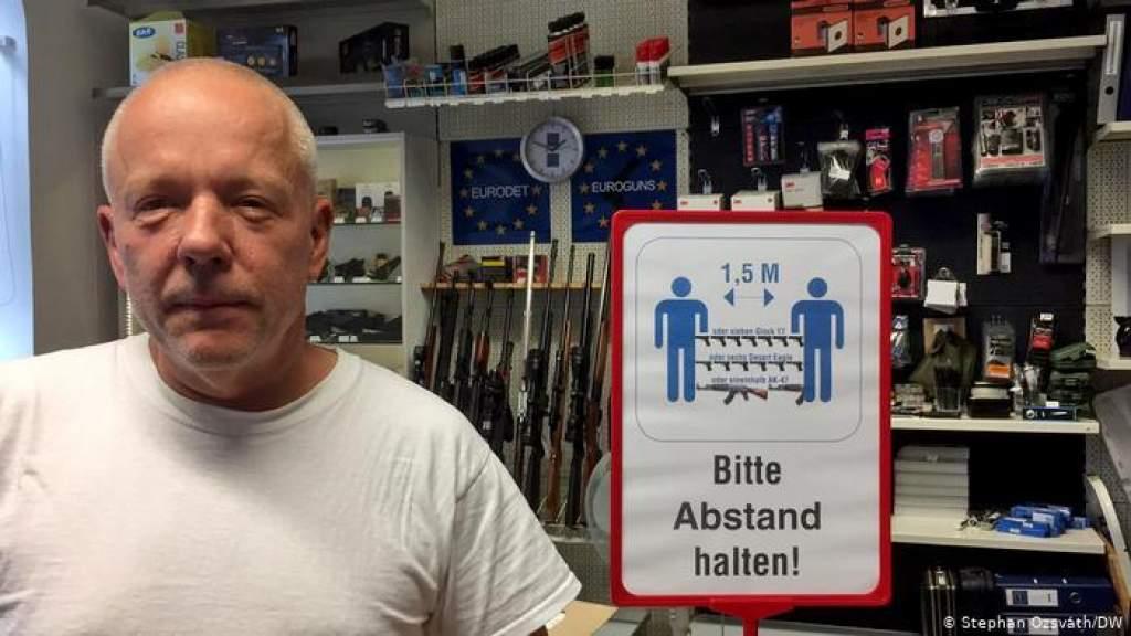 Коронавирус в Австрии: местные жители активно скупают оружие