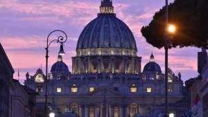 В Ватикане прокомментировали появление папского лайка под фото бразильской модели