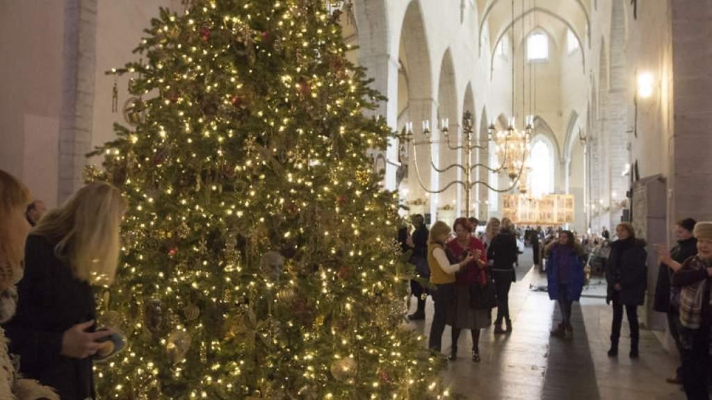 Закрывать церкви на Рождество пока не планируется