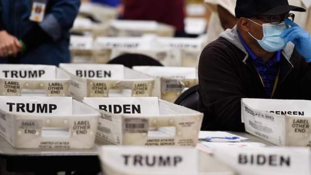 Коллегия выборщиков приготовилась огласить имя нового президента США