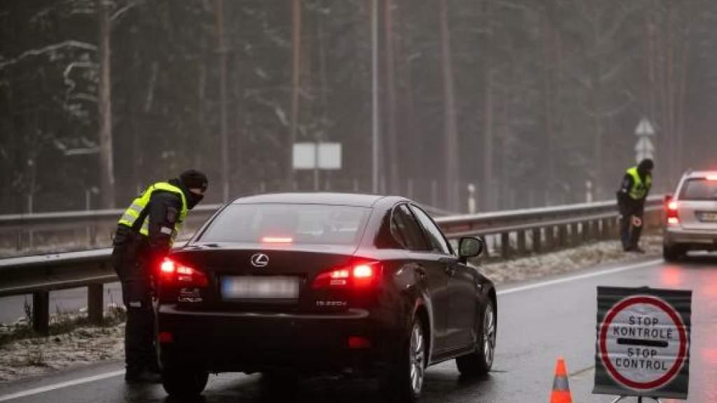 МВД Литвы: мобильность населения снизилась, изменения карантина обсудят в январе