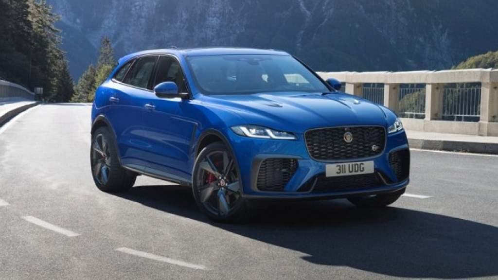 Новый Jaguar F-Pace SVR стал быстрее и маневреннее