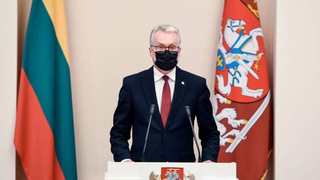 Президент Литвы: местные власти готовы к вакцинации, нет полной ясности от центральных властей