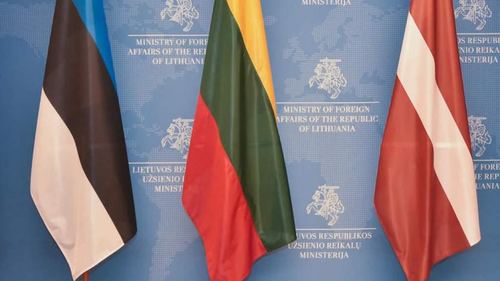 Президенты семи стран выразили поддержку президенту Молдавии