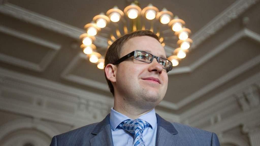 Сейм Литвы лишил депутатской неприкосновенности В. Гапшиса из Партии труда