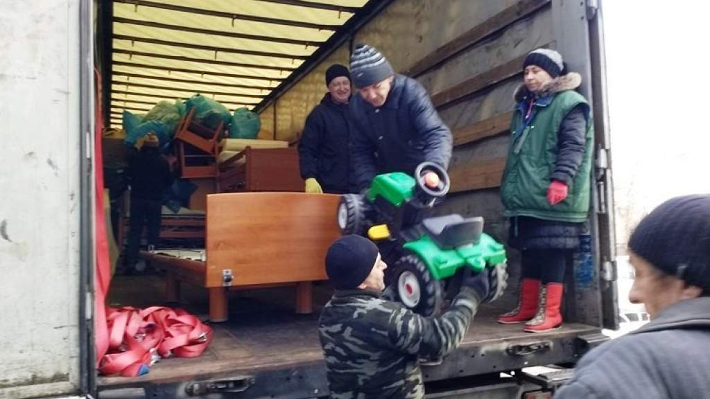 «Солидарность – это нежность народов». Гуманитарный груз из Германии прибыл в Луганск