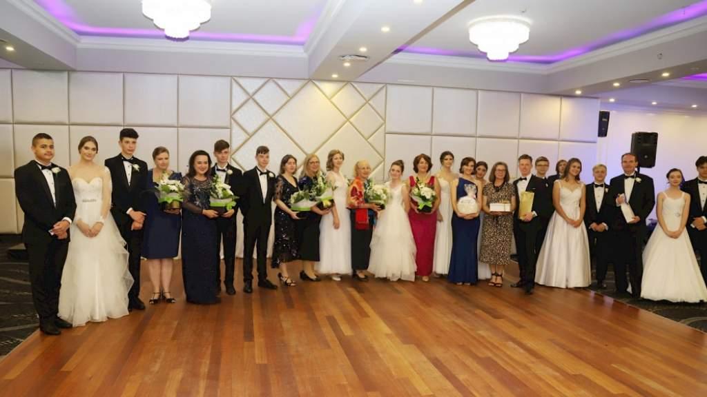 В Сиднее прошёл бал выпускников Русской школы имени Александра Невского