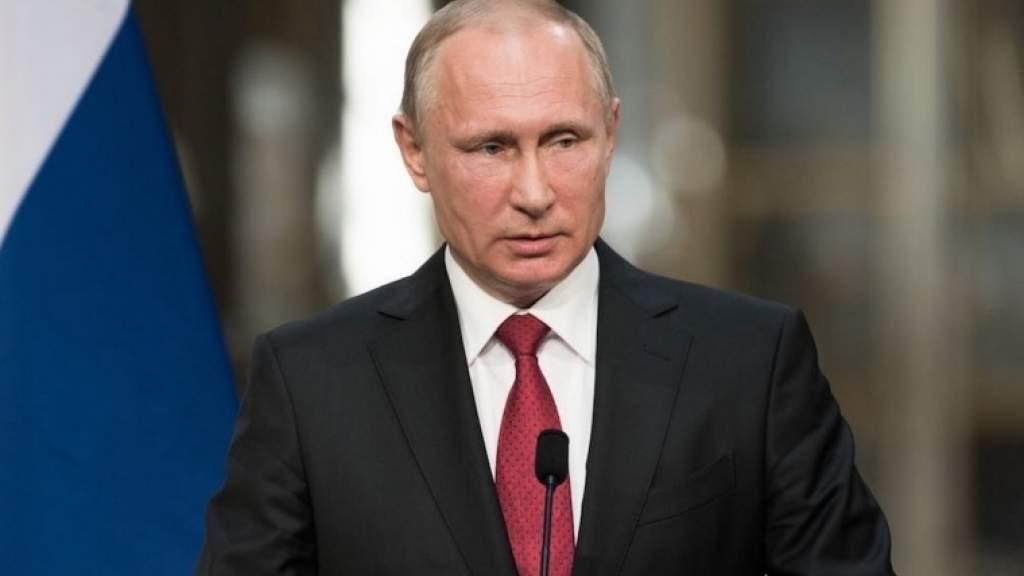 Владимир Путин подписал закон о новых правилах проведения экзаменов для иностранцев