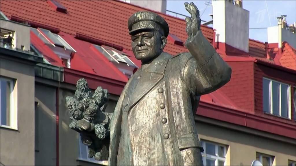 Демонтированный в Праге памятник маршалу Коневу могут установить на новом месте