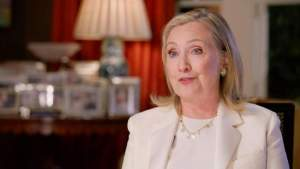 Хиллари Клинтон заподозрила Трампа в общении с Путиным перед атакой на Капитолий