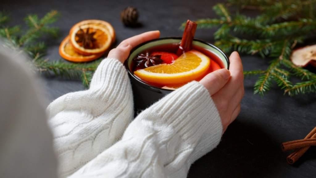 Как приготовить глинтвейн? Необычные рецепты зимнего напитка