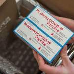 Не по карману: Литва отказалась от вакцины Moderna из-за ее цены