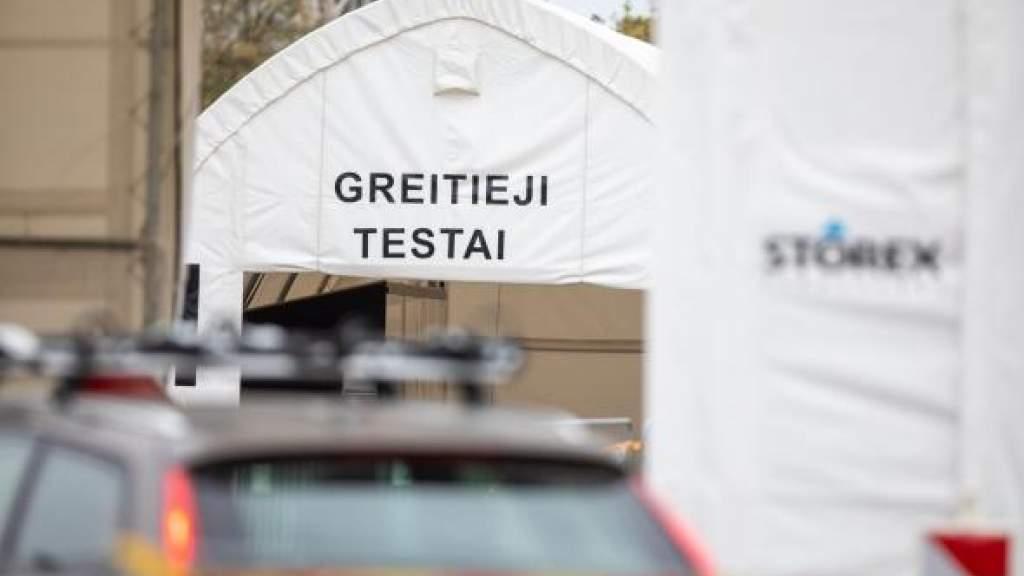 Прокуратура Литвы просит взыскать с компаний 4 млн евро за быстрые тесты COVID-19
