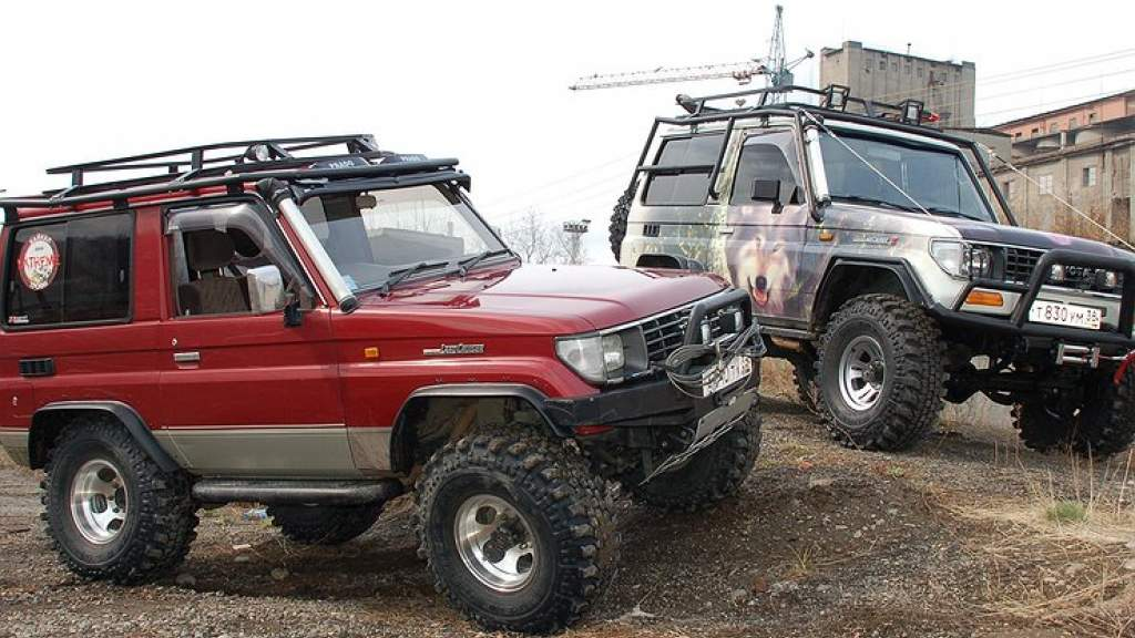 Самые необычные тюнинг-проекты легендарного Toyota Land Cruiser