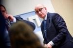 Таллиннская оппозиция передала горсобранию заявление о вотуме недоверия вице-мэру Кландорфу